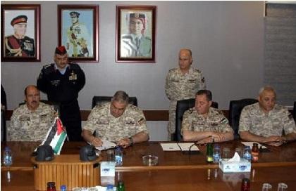 القوات المسلحة تشارك بحملة المليون توقيع ضد المخدرات واطلاق العيارات النارية