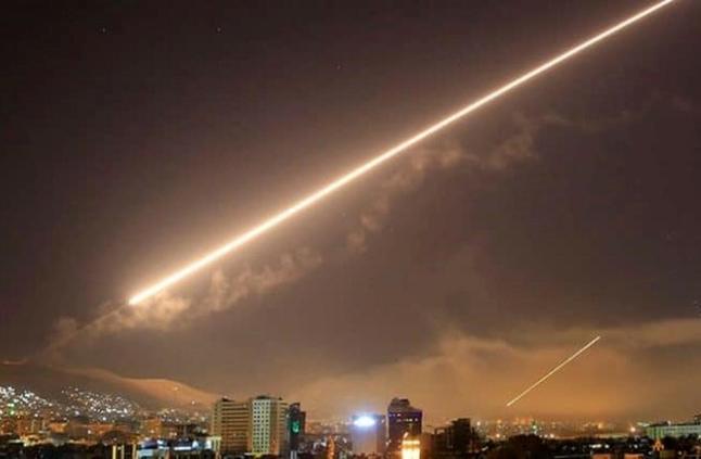 توافق جيش الاحتلال وعصابات الارهاب على اطلاق طائرات مُسيّرة  لقصف اهداف سورية قرب دمشق وروسية في حميميم