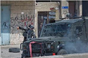 لتعزيز التنسيق الامني.. إسرائيل تسمح بتزويد سلطة عباس بالمركبات المدرعة