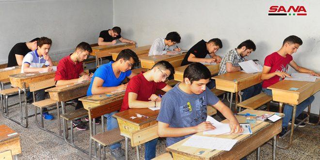 صمود رغم المصاعب.. ربع مليون طالب سوري يتقدمون إليوم لامتحانات الشهادة الثانوية بمختلف فروعها
