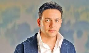 قبل طرحه بشهرين.. مصطفى قمر يشوق جمهوره لألبومه الجديد/فيديو