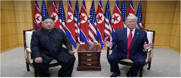 ترامب الكذاب يشيد بلقاء كيم جونغ ويدعوه لزيارة البيت الأبيض