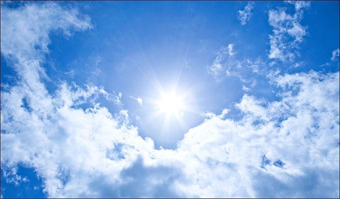 الارصاد الجوية تحذر من خطورة التعرض المباشر لاشعة الشمس ظهر غد