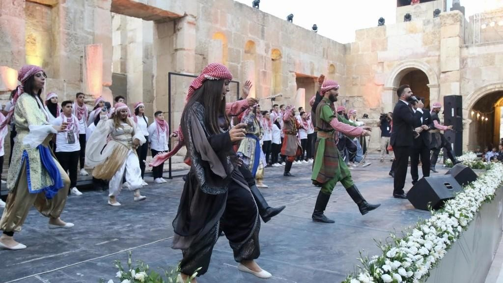 الرزاز يرعى اليوم حفل افتتاح فعاليات مهرجان جرش 34