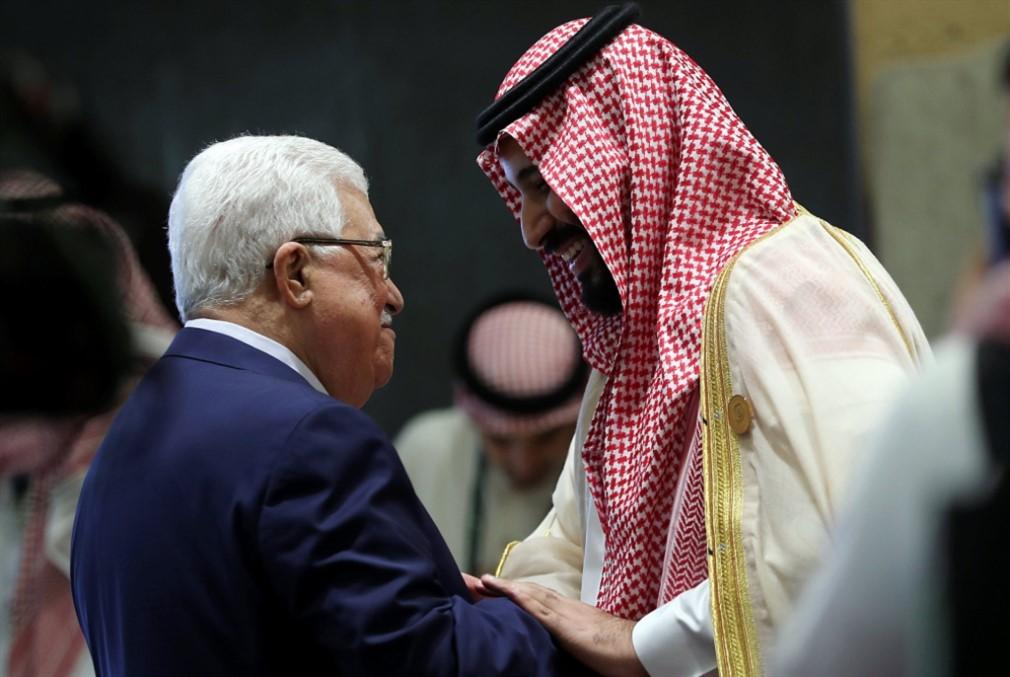 ابن سلمان يغلق حنفية الدعم عن سلطة عباس لحين الدخول في مباحثات مع ادارة ترامب حول صفقة القرن