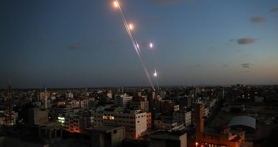 إصابات بالهلع .. اطلاق 3 صواريخ من قطاع غزة تجاه مستوطنات الغلاف مساء اليوم