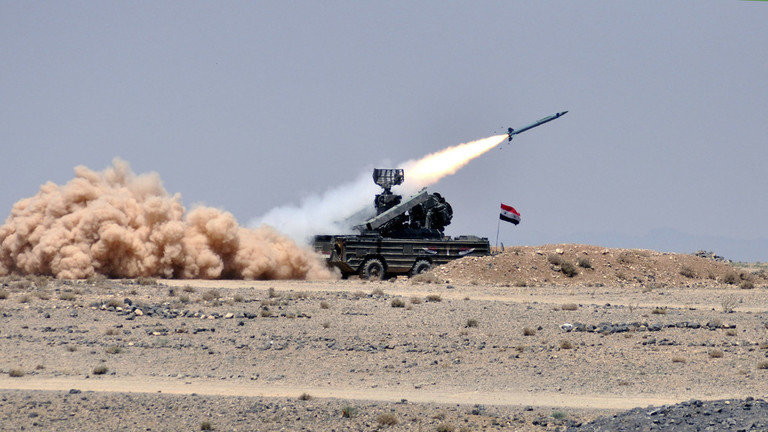الجيش السوري يصد عدوانا إسرائيليا على دمشق ويسقط معظم الصواريخ المعادية/ فيديو