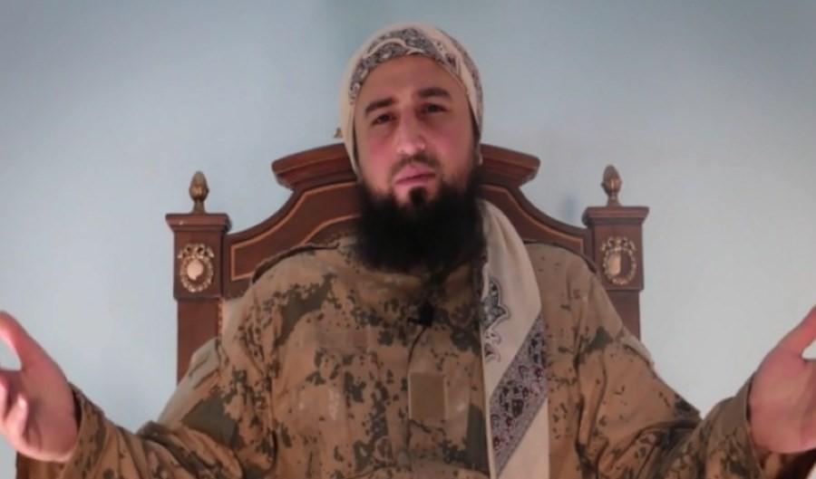ابرز قيادي في هيئة تحرير الشام الارهابية ينقلب على الجولاني ويفضح فساده وارتباطاته/ فيديو