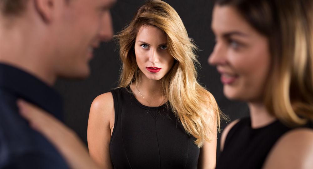 لهذه الاسباب غالبا ما يتورط الرجال في الخيانة الزوجية