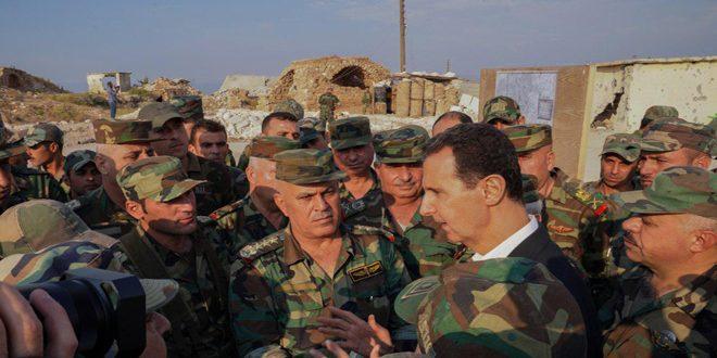 الأسد وسط جيشه على حدود إدلب يتحدى
