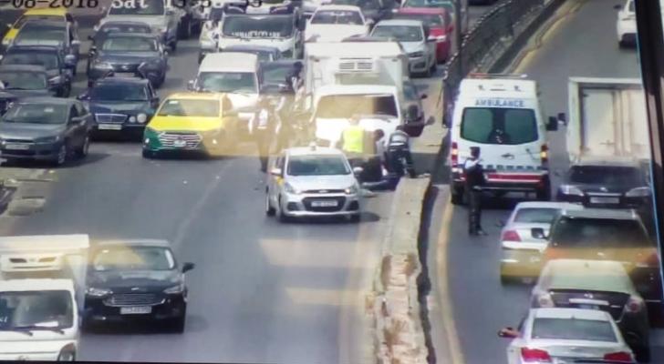 إصابة 5 أشخاص بحادث تصادم 7 مركبات بمنطقة الدوار الثامن