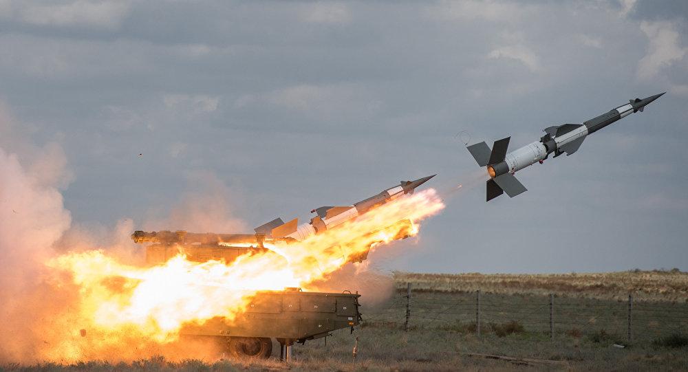 تبادل القصف الصاروخي بين سوريا واسرائيل فجر اليوم الثلاثاء
