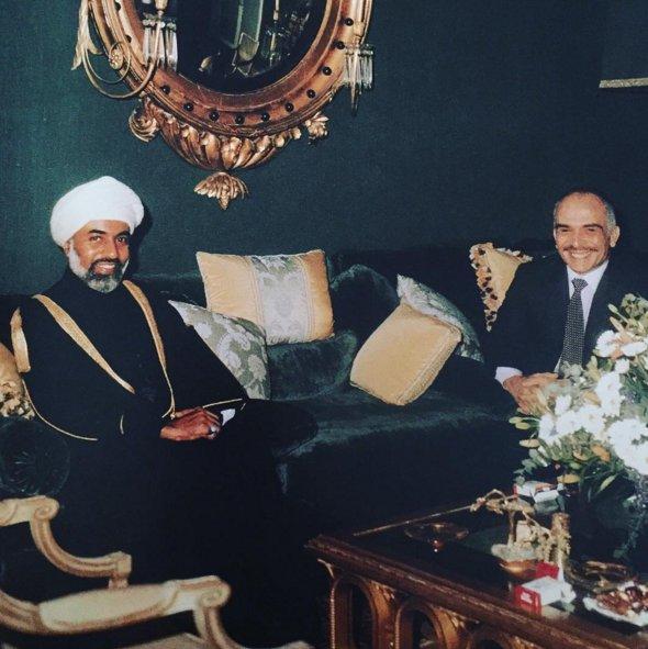 راكان المجالي يستذكر اول مقابلة اجراها مع السلطان قابوس عام 1973