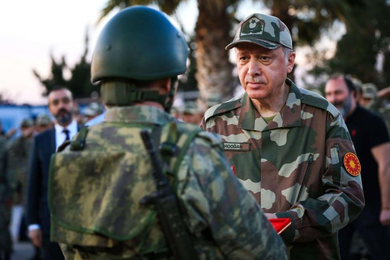 ضعف ولاء الجيش التركي لاردوغان يضطره لاستخدام الارهابيين للقتال في سوريا وليبيا