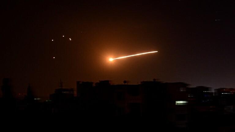 الدفاعات السورية تتصدى لعدوان إسرائيلي بالصواريخ على مقر لحركة الجهاد الاسلامي بمحيط دمشق وتدمر معظمها/ فيديو