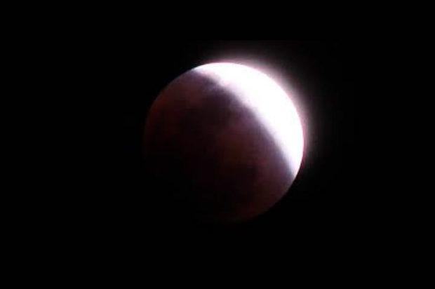 خسوف للقمر وكسوف للشمس في سماء الاردن الشهر المقبل