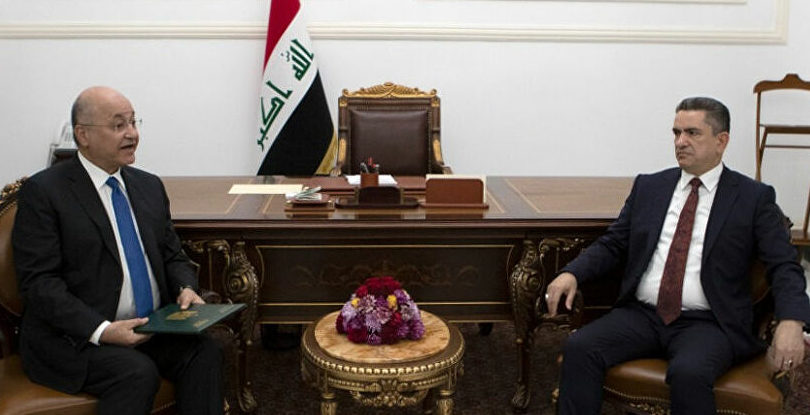بعد ستة أشهر دون حكومة.. برلمان العراق يمنح الثقة لحكومة الكاظمي باستثناء بعض الوزراء