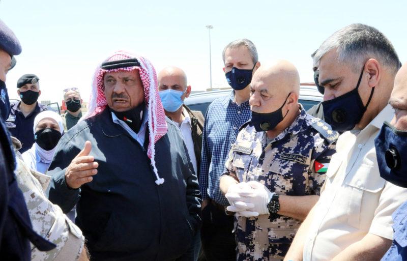 لمنع العدوى بالكورونا.. التخليص على البضائع الواردة من السعودية ودول الخليج سيكون في مركز حدود العمري بدلا من نقلها إلى عمّان