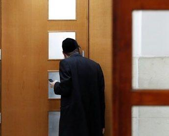 إدانة مستوطن إسرائيلي بالتعامل التجاري مع