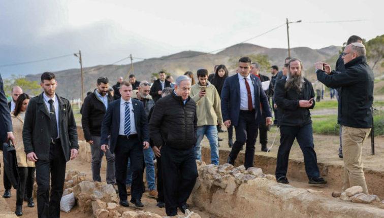 قيادة السلطة تبلغ الحكومة الاسرائيلية بإلغاء جميع الاتفاقات والعلاقات والتنسيق الأمني حال ضم الغور والمستوطنات