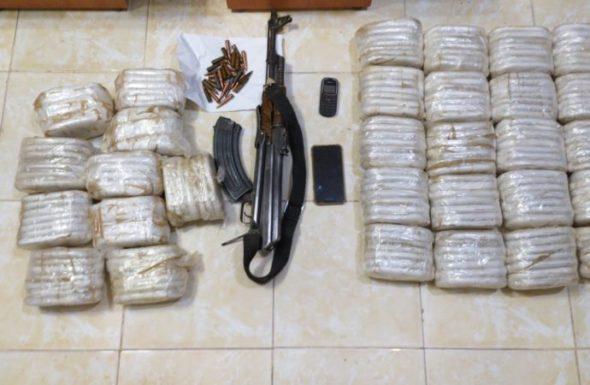 القوات المسلحة تحبط محاولتي تسلل أشخاص وتهريب مخدرات من سوريا