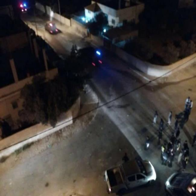 وفاة خمسيني وحرق 5 منازل إثر مشاجرة مسلحة شرق عمان