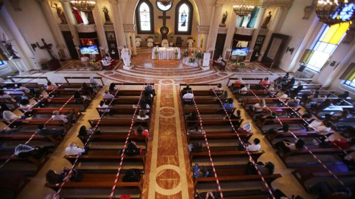 تعليق قدّاس الأحد في عدة كنائس بمختلف احياء عمان غدا