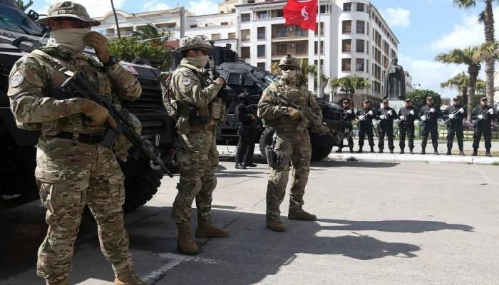 استشهاد شرطي ومصرع 3 مسلحين في هجوم شرقي تونس