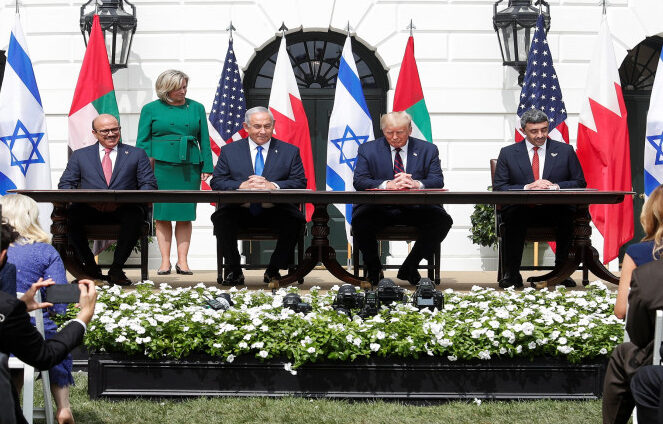 توقيع اتفاقيتي العار بين إسرائيل والإمارات والبحرين في البيت الأبيض