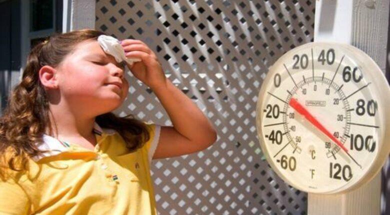 ابتكار ملابس رخيصة الثمن تتولى تبريد الجسم ذاتياً وتغني عن المكيفات مهما كان الصيف حاراً