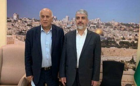 وفد فتح يلتقي قيادة حماس في بيت خالد مشعل بالدوحة