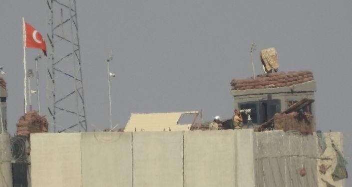القوات التركية تفكك 3 قواعد تابعة لها في ريف حماة كخطوة أولى لسحب باقي النقاط التي يحاصرها الجيش السوري/ فيديو