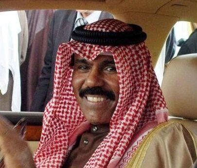 استقالة الحكومة الكويتية والأمير يكلفها بتصريف الأعمال حتى الانتخابات التشريعية