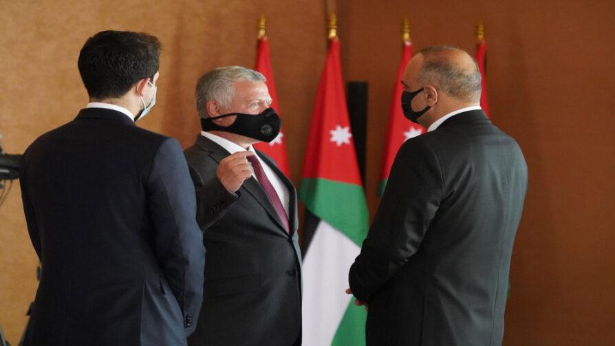 تضم 8 من وزراء الرزار.. إرادة ملكية بالموافقة على تشكيل الحكومة الجديدة برئاسة بشر الخصاونة