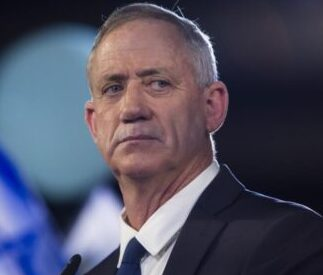 وفقا لموقع ايلاف.. زيارة وشيكة لوزير الدفاع الاسرائيلي الى الاردن