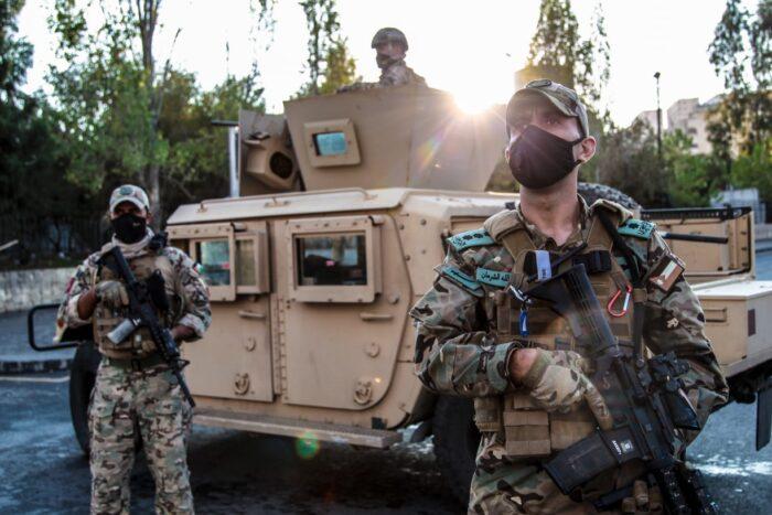القوات المسلحة تحبط محاولة تسلل وتهريب مخدرات من الاراضي السورية