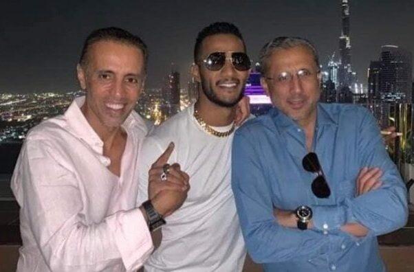 تحويله للتحقيق وايقافه عن العمل.. قصة لقاء محمد رمضان مع 3 إسرائيليين في دبي والرقص على أنغام اغنية يهودية
