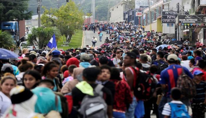 آلاف المهاجرين يتدفقون على الحدود.. بايدن يبدأ اول ايامه بالغاء حظر دخول امريكا المفروض على ابناء الدول الاسلامية