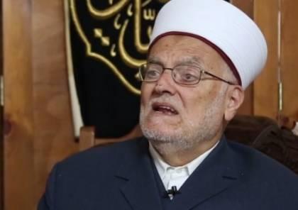 الاحتلال يعتقل الشيخ عكرمة صبري من منزله في القدس