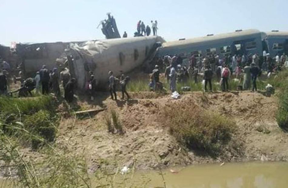 أوامر عليا بتحقيق عاجل في تصادم قطارين بمحافظة سوهاج تسبب بوفاة 32 مواطنا وإصابة 108 آخرين/ فيديو