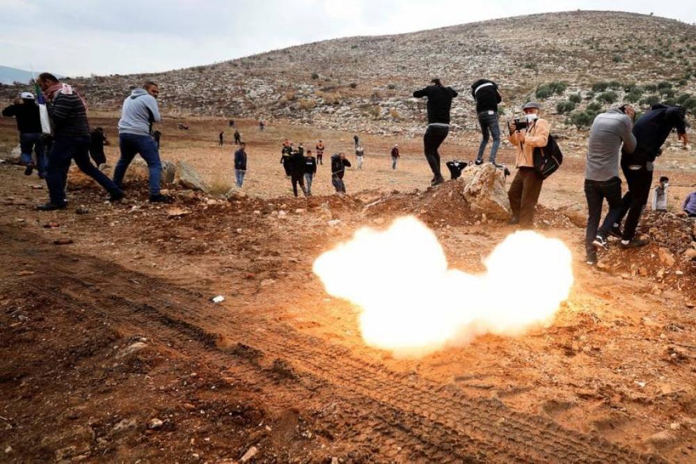 بينهم وزير العمل الفلسطيني.. إصابات بقمع الاحتلال لمسيرة بيت دجن اليوم الجمعة
