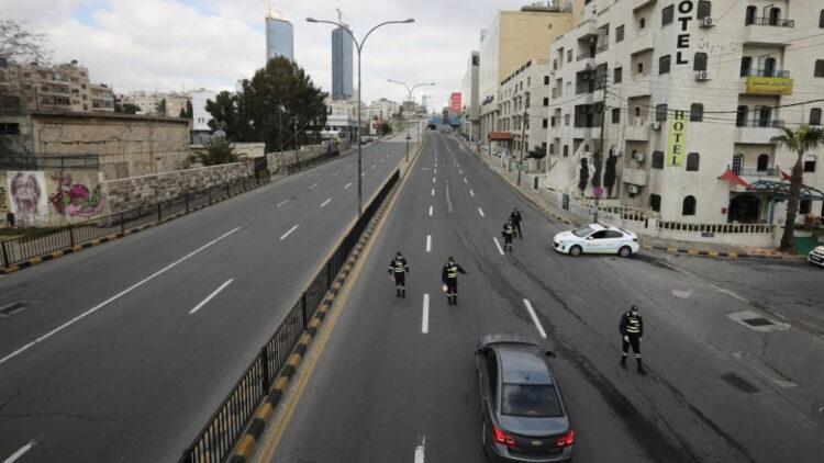 ضبط 154 مخالفا لحظر التجول في عمّان اليوم الجمعة