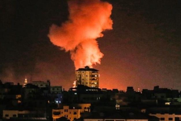 لليوم الثاني على التوالي.. طائرات الاحتلال تقصف فجر اليوم السبت عدة أهداف في مختلف محافظات قطاع غزة