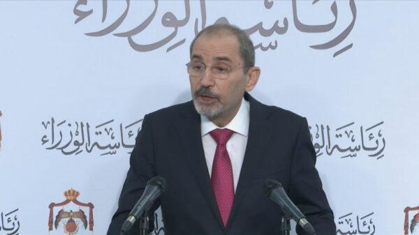 الصفدي: الأمير حمزة قام بالتحريض وتجييش المواطنين ضد الدولة، وانصاره مرروا ادعاءات ورسائل إلى المعارضة الخارجية