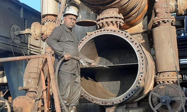 انفراج ازمة المشتقات النفطية في سوريا بعد وصول النفط الخام الايراني وعودة مصفاة بانياس الى العمل