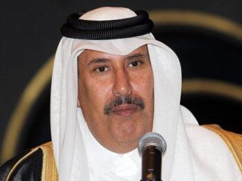 فتح تستنكر دعوة حمد بن جاسم لتخلي عباس عن السلطة