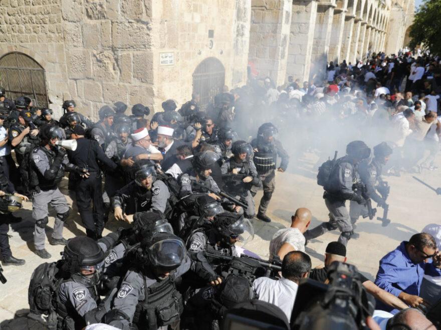 تقرير حتّى فجر اليوم 15 أيّار.. اعتداءات اسرائيلية وحشيّة على أكثر من 700 معتقلة ومعتقل من عرب 48