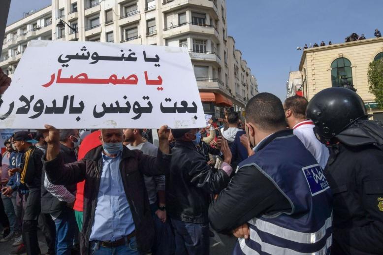 قيس سعيد يهزم الغنوشي في عقر بيته حيث تعالت الاصوات في حركة النهضة باستبعاده