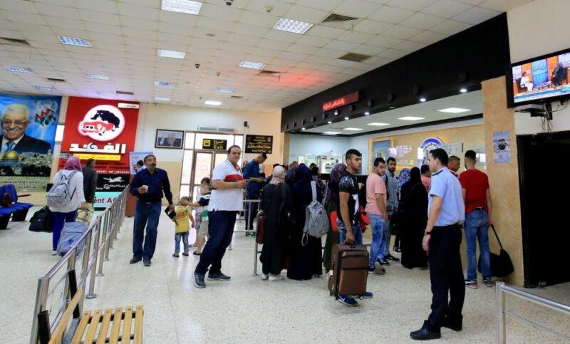 """إلغاء تسجيل العائلة على """"منصة العودة"""" إلى الأردن وزيادة عدد الأشخاص المسموح لهم بالتسجيل عبرها إلى 1000 شخص يومياً"""