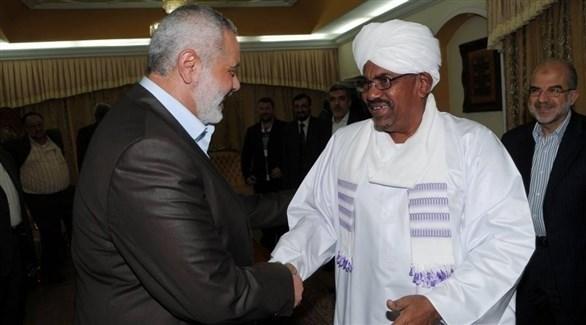 بعدما نقلوا بندقيتهم الى الكتف الصهيوني.. عسكر السودان يصادرون أصولا مملوكة لحركة حماس بـ 1.2 مليار دولار